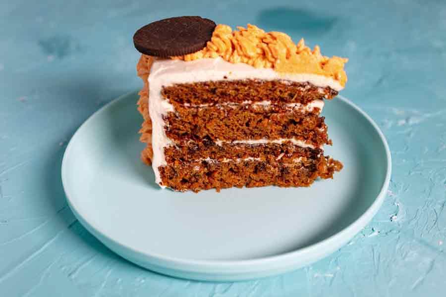 vegan carrot cake slice