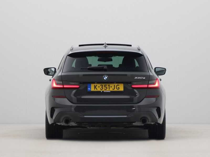 BMW 3 Serie Touring 330e High Executive M-Sport Automaat afbeelding 8