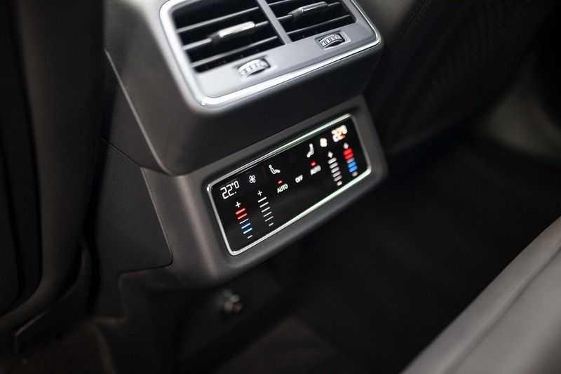 "Audi e-tron Sportback 50 Quattro S Edition *Pano / HUD / 21"" / Stad Pakket / DAB* afbeelding 23"