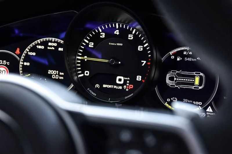 Porsche Cayenne E-HYBRID COUPE 22INCH+LUCHTV.+BURMESTER+ACC afbeelding 22