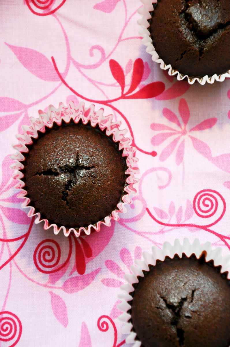 Gluten Free Vegan Chocolate Cupcakes