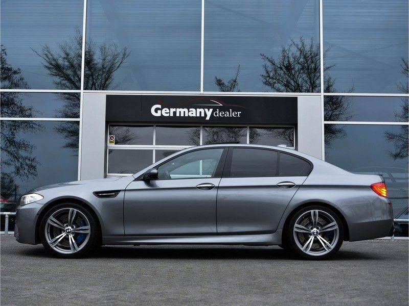 BMW 5 Serie M5 560pk DKG Pano B&O HUD Leder-dash Soft-Close Alcant.Hemel afbeelding 2