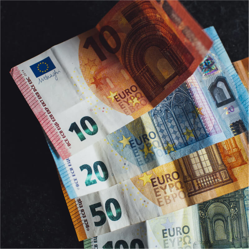 International currency bills