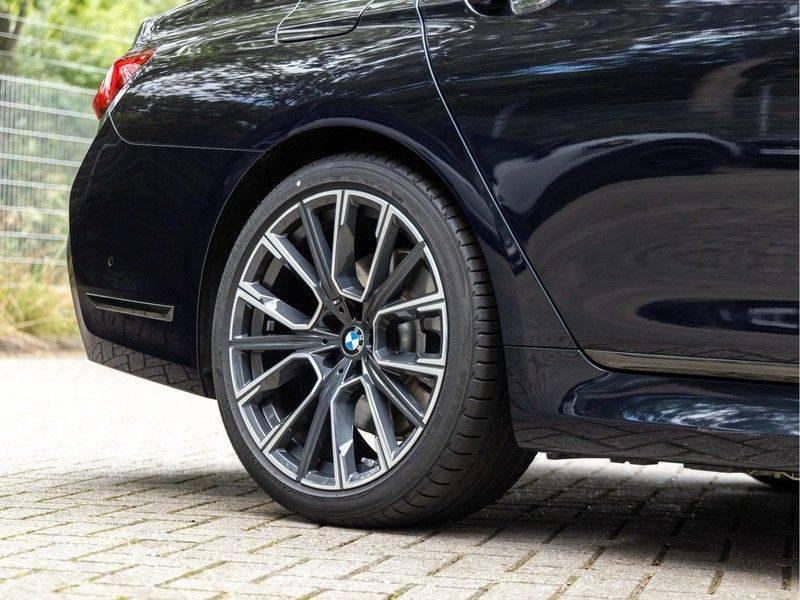 BMW 7 Serie 745e High Executive - M-Sport - 4x Comfortzetel - Stoelventilatie - Volleder afbeelding 11