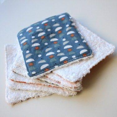 Lingettes démaquillantes réutilisables en tissu avec un côté à motifs
