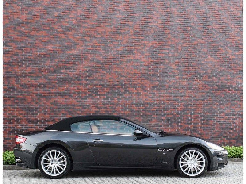 Maserati GranCabrio 4.7S *Grigio Maratta*Bose*Nieuwstaat!* afbeelding 17