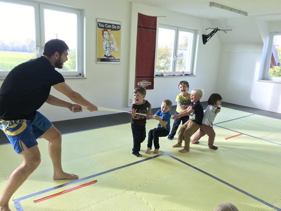 Kleine Ninjas für Kinder ab 3 Jahren