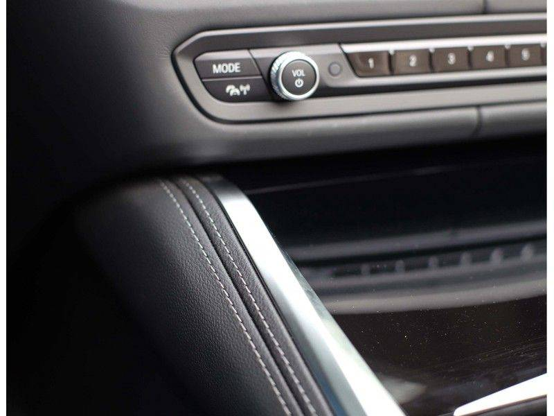 BMW 4 Serie Cabrio M440i xDrive *Trekhaak*Nekverwarming*Head-Up* afbeelding 23