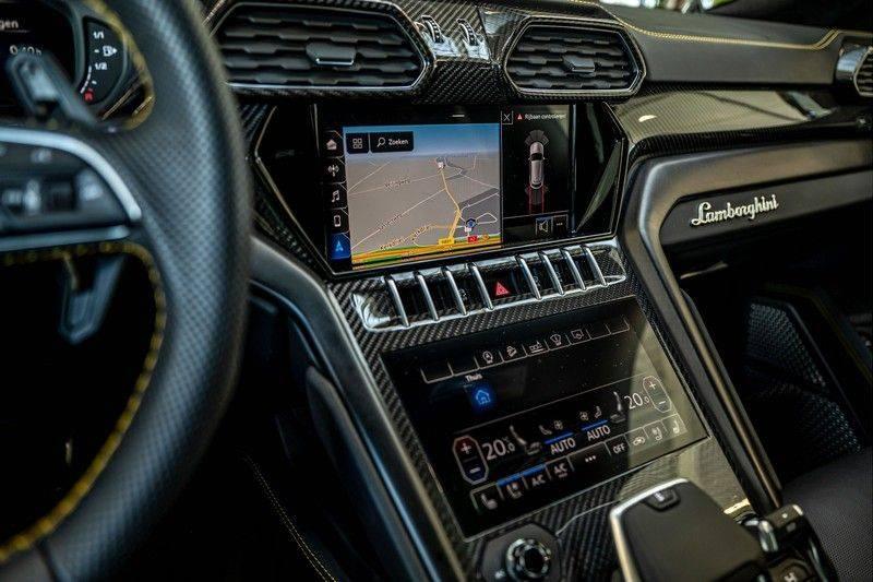 Lamborghini Urus 4.0 V8   Carbon interieur   Carbon exterieur   B&O 3D   Head-Up Display   Panorama   Massage   Ventilatie afbeelding 18