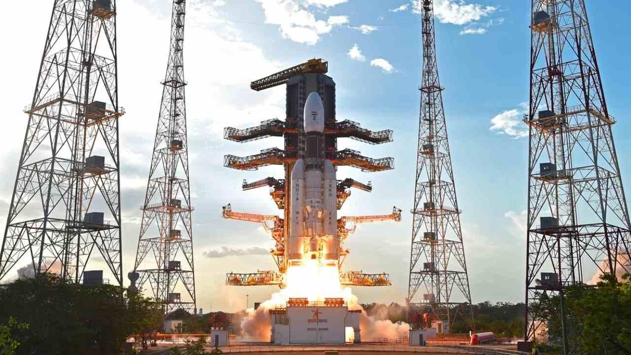 Figure 2: Lansatorul indian GLSV Mk.III (sursa foto: ISRO)