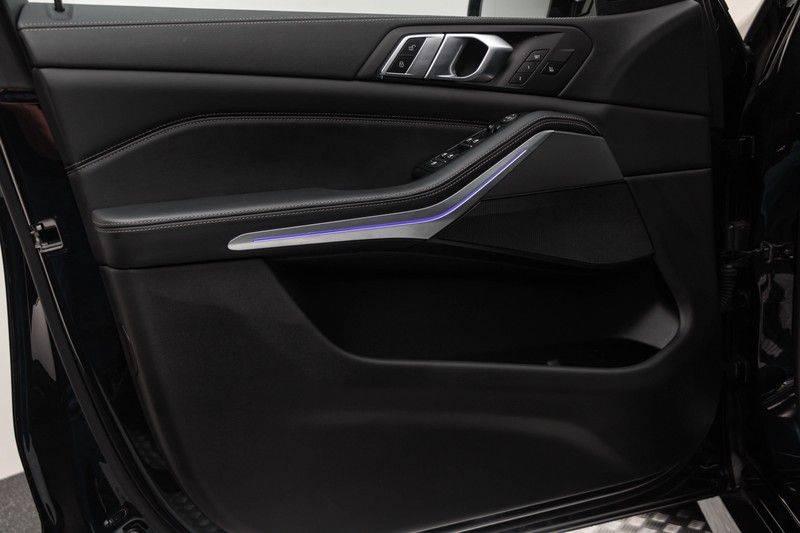 "BMW X5 M40i xDrive 340pk Panoramadak VirtualCockpit ShadowLine Sportleder+Memory Head-Up Hifi Luchtvering ACC Laserlicht AmbientLight Keyless Sportuitlaat 22"" 360Camera ParkAssist Pdc afbeelding 19"