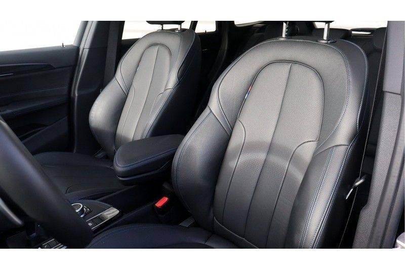 BMW X1 xDrive20i High Executive M Sport Panoramadak, Head Up Display, Trekhaak afbeelding 13