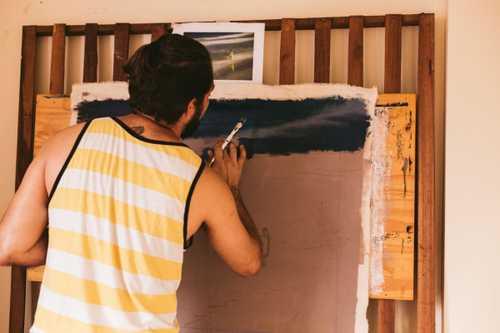 Combien gagne un artiste peintre?
