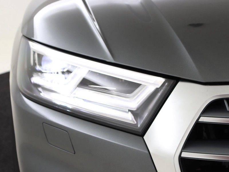 Audi Q5 50 TFSI e 299 pk quattro S edition | S-Line | Trekhaak | Elektrisch verstelbare/verwarmbare voorstoelen | Privacy Glass | Verlengde fabrieksgarantie afbeelding 18