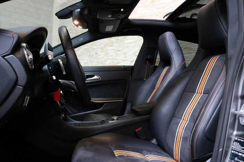Mercedes-Benz CLA-Klasse Shooting Brake 200 OrangeArt Edition | VERKOCHT! | | Panoramadak | Memory stoelen | AMG Pakket | Night Pakket | Achteruitrijcamera | afbeelding 12