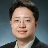 Ambrose Li