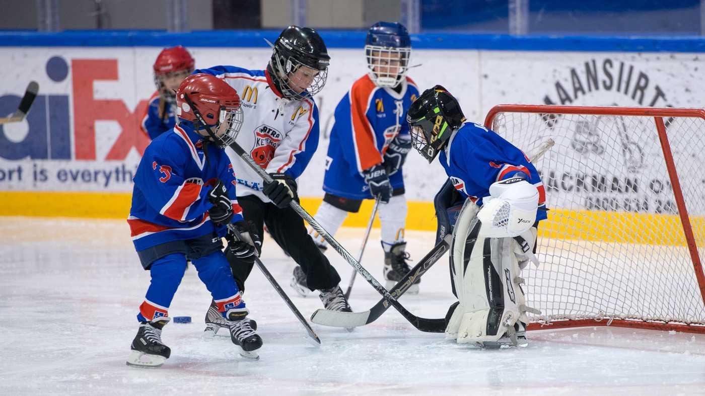 Ketterän junioreilla on 12 joukkuetta eri ikäluokissa.