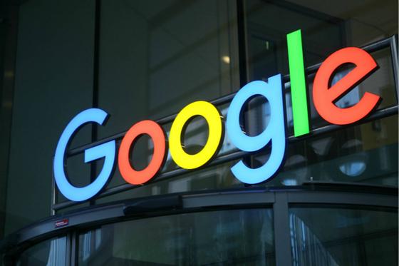 Google Quietly Files Back Into China