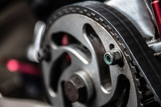 スプロケットでバイクの燃費が良くなる?スプロケットと燃費の関係 - Featured image