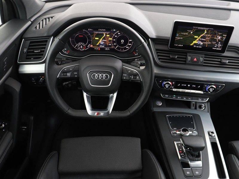Audi Q5 50 TFSI e 299 pk quattro S edition   S-Line   Elektrisch verstelbare stoelen   Trekhaak wegklapbaar   Privacy Glass   Verwarmbare voorstoelen   Verlengde fabrieksgarantie afbeelding 3