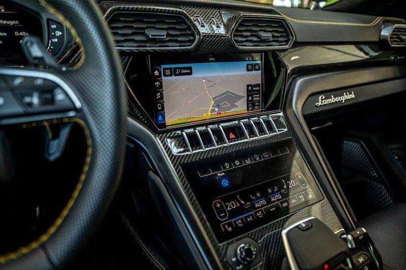 Lamborghini Urus 4.0 V8   Carbon interieur   Carbon exterieur   B&O 3D   Head-Up Display   Panorama   Massage   Ventilatie afbeelding 17