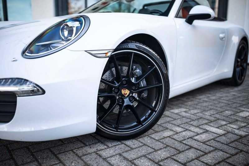 """Porsche 911 Cabrio 991 MKI *20"""" Carrera Velgen / PCM* afbeelding 19"""