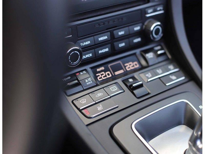Porsche 911 Cabrio Carrera 4S *ACC*Bose*Chrono*Vierwielbesturing*Camera*Vol!* afbeelding 23