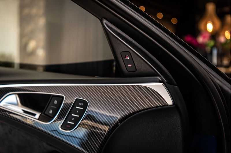 Audi RS6 Avant 4.0 TFSI quattro Performance   Ceramic   B&O   Head-up Display   Panorama   Milltek uitlaatsysteem afbeelding 12