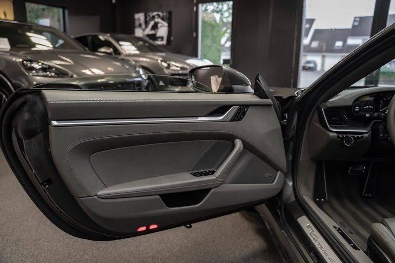 Porsche 911 992 4S Cabrio Unieke Kleurstelling Sport Design Pakket Matrix Carbon 3.0 Carrera 4 S afbeelding 21