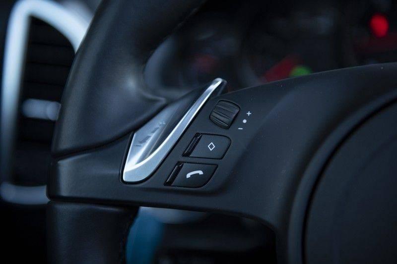 Porsche Cayenne 3.0 D Platinum Edition Org. Ned. + Dealer onderhouden + Sportchrono + Stuur/ Stoel verwarming+ Stoel koeling + Bose afbeelding 21
