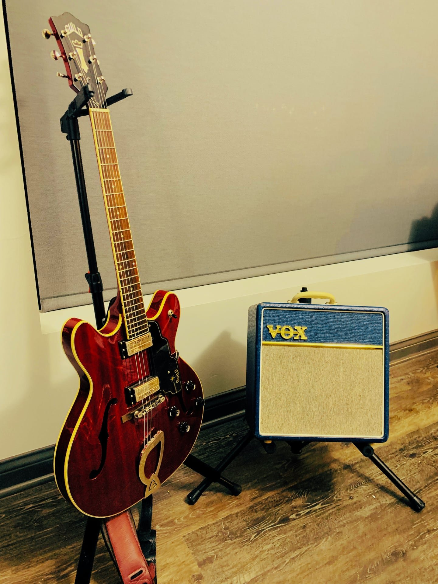 The starfire sitting next to a VOX AC4 small tube amp
