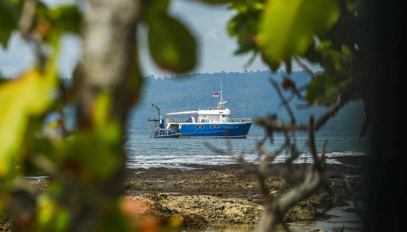 Santana Laut Surf Charter Boat Mentawai Telos Banyak Nature views