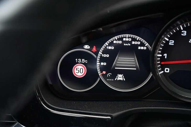 Porsche Panamera 4.0 Turbo Zeer compleet! afbeelding 13