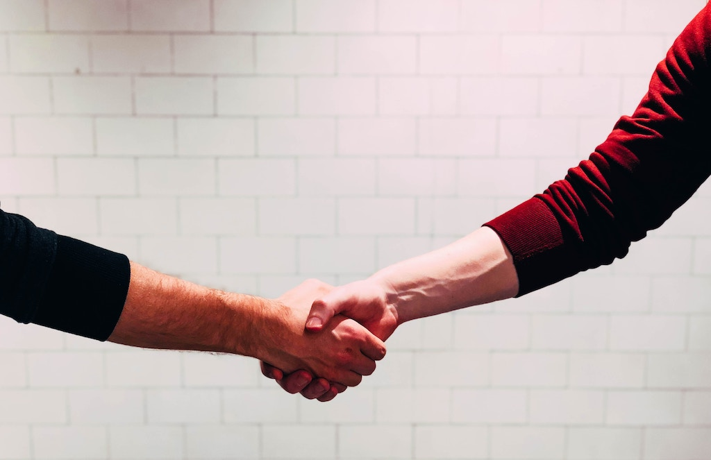 Handshake - Photo by Chris Liverani on Unsplash