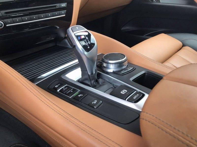 BMW X6 M50D VERKOCHT 381PK, M-Sport, ACC, Dak, Harman/Kardon, Keyless, Lane Assist, Camera, Standkachel, Trekhaak, LMV'20 afbeelding 14