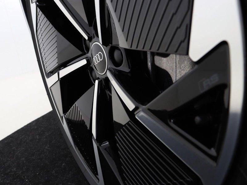 Audi Q4 40 e-tron Launch edition S Competition | Panoramadak | Lederen bekleding | Sonos | Head-up display afbeelding 24