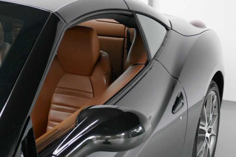 Ferrari California 4.3 V8 Keramische remmen, Carbon LED-stuur, Daytona stoelen afbeelding 15