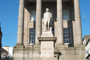 humphry davy statue penzance guide
