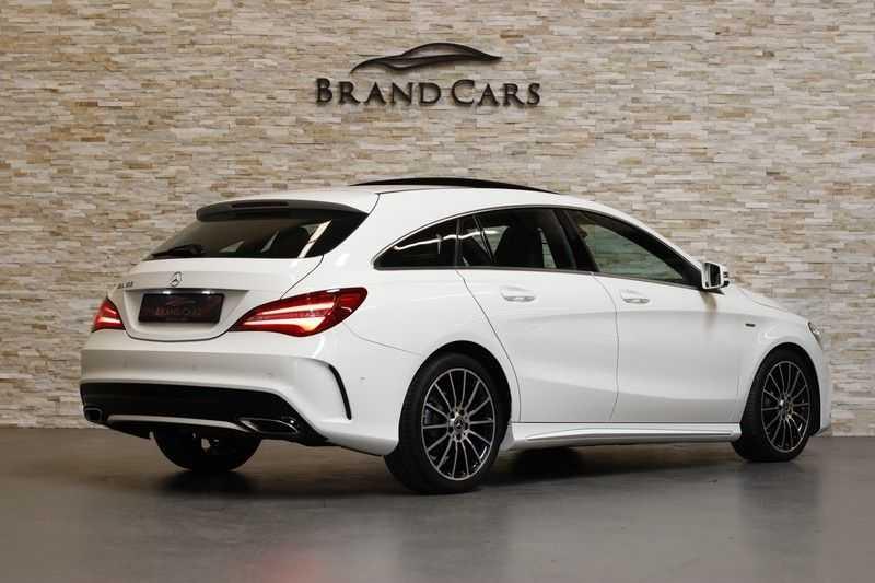 Mercedes-Benz CLA-Klasse Shooting Brake 180 PEAK Edition | Panoramadak | Achteruitrijcamera | AMG Pakket | Keyless | afbeelding 2