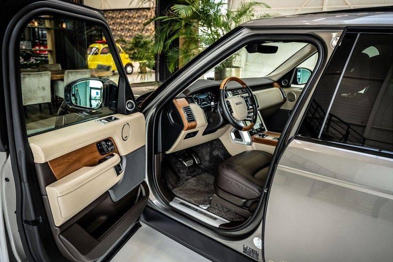 Land Rover Range Rover 4.4 SDV8 Black Pack | Panorama | Head-up Display | Trekhaak | Ambient lighting afbeelding 11