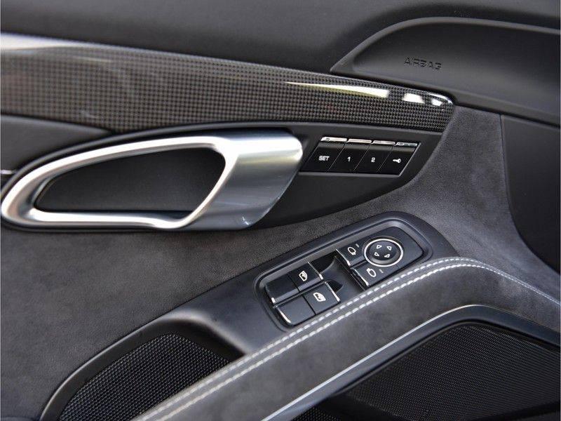 Porsche 911 3.0 Carrera GTS 450pk Carbon Pano Zetels-18-weg 20-Inch LED-PDLS+ Keyless Bose VOL! afbeelding 16