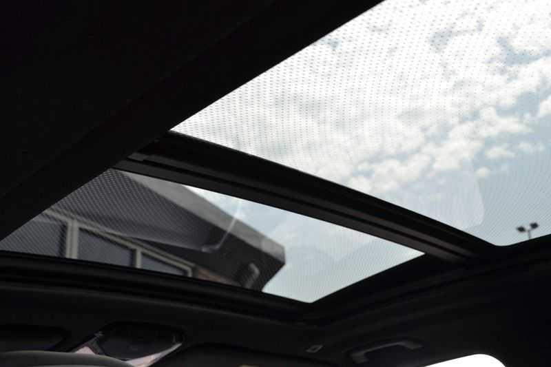 "BMW X5 M50d 400pk Skylounge Luchtv DA+ PA+ Trekh NL-auto 22"" Comfortzetels afbeelding 18"