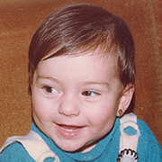 Laura, 2 años