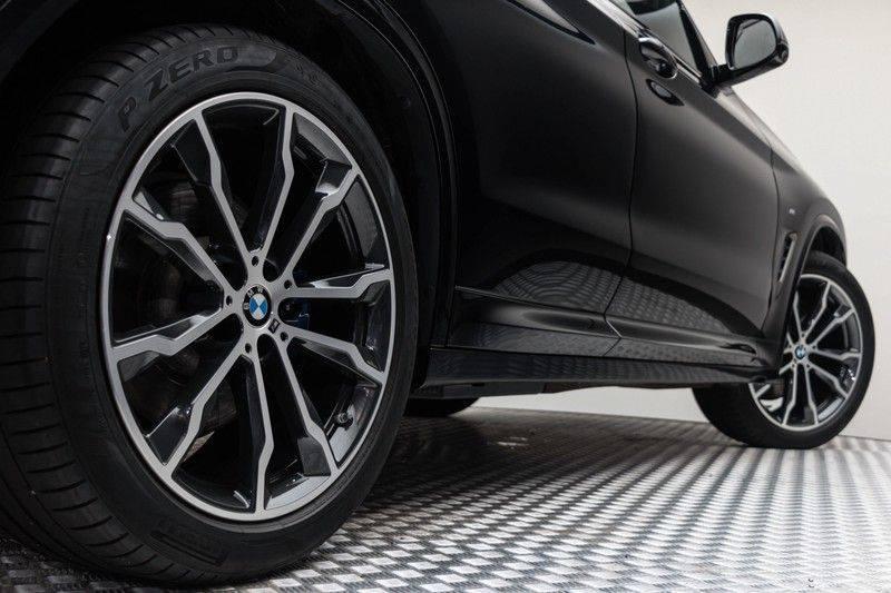 "BMW X3 M40i xDrive 340pk Panoramadak VirtualCockpit ShadowLine Sportleder+Memory Head-Up ACC Harman/Kardon AmbientLight Keyless 20"" 360Camera ParkAssist Pdc afbeelding 9"