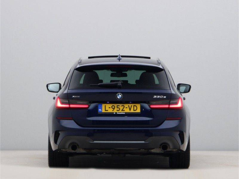 BMW 3 Serie Touring 330e xDrive High Executive M-Sport Automaat afbeelding 10