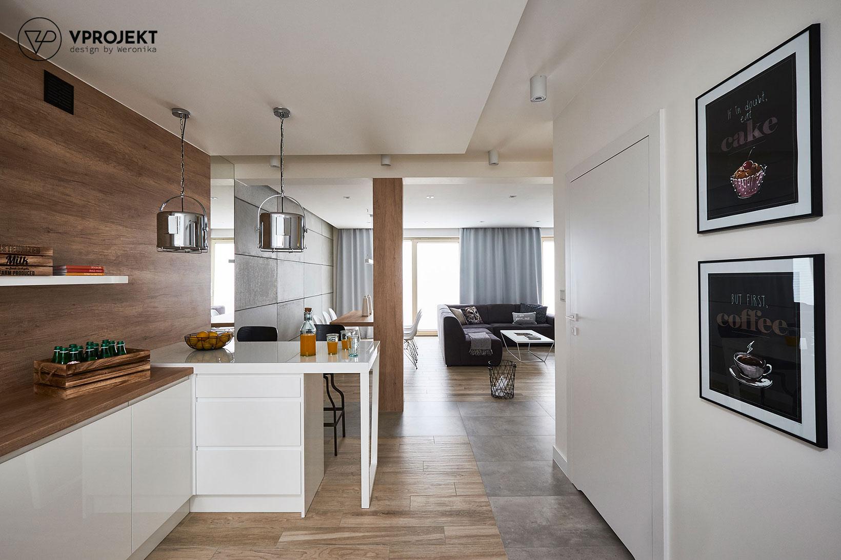 Kuchnia, widok na jadalnię i pokój dzienny, dom w Ostródzie