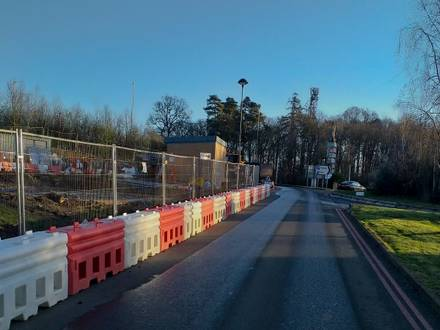 RB22 Crash Tested Water Filled Barrier Installation – Beaconsfield
