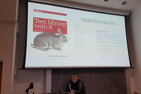 Edinbr: Text Mining with R