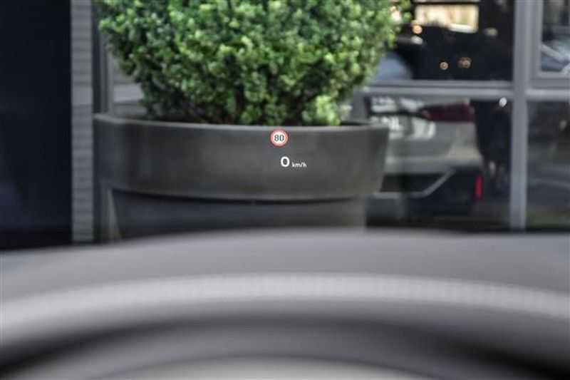 Bentley Bentayga V8 FIRST EDITION MULLINER+22INCH+NAIM+HEADUP afbeelding 3