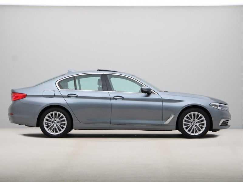 BMW 5 Serie 520i High Exe Luxury Line afbeelding 9
